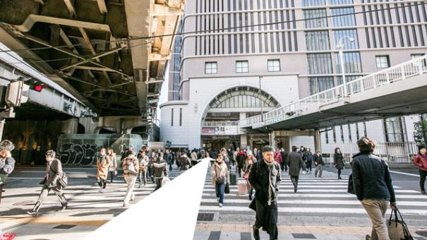 阪急百貨店前横断歩道